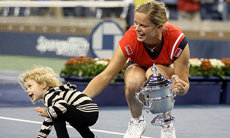 Kim-Clijsters Celebrates With Child